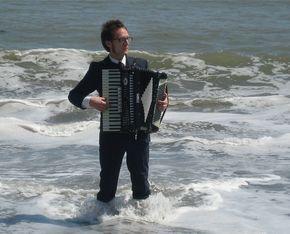 Act card jf accordion2
