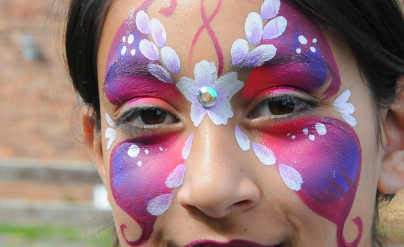 Owl image butterfly face paint