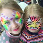 Thumb tiger face paint