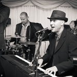 Thumb bruce sarah wedding jazz soul boogie band