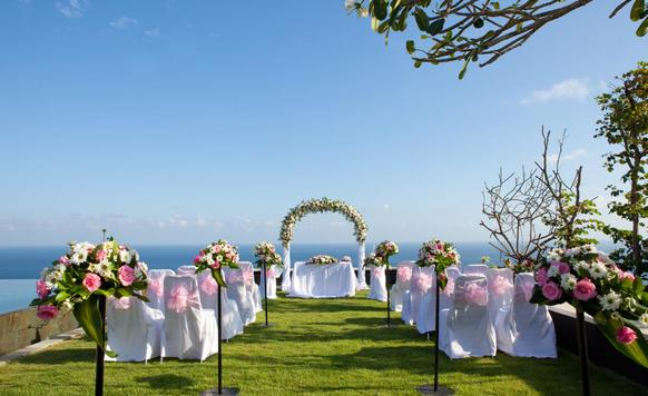 Owl image things you need to consider when looking for a wedding venue and reception